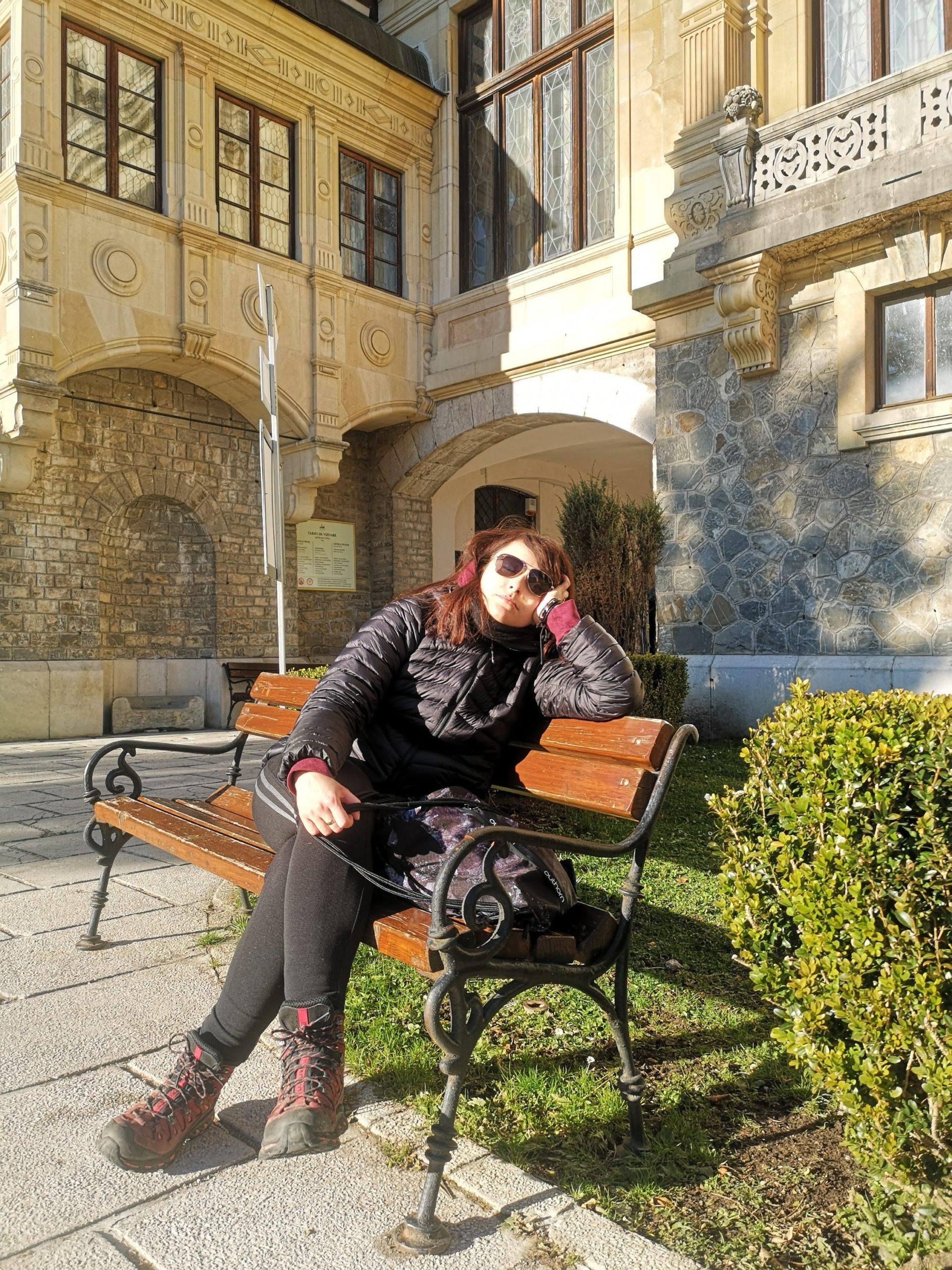 Martyna znużona przepychem pałacu
